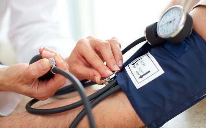 Kiểm soát huyết áp tự nhiên bằng các loại thực phẩm sau