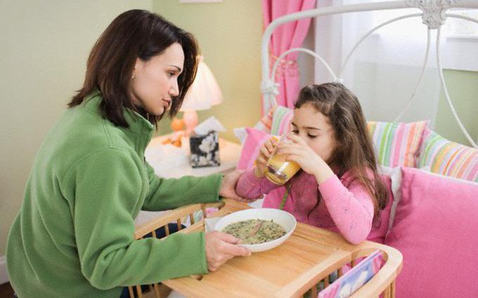 Mách nhỏ cho mẹ cách chăm sóc trẻ bị tiêu chảy
