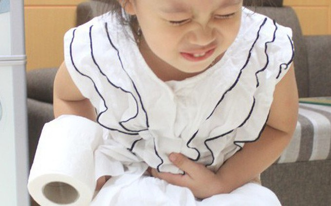 Những bệnh tiêu hóa ở trẻ em thường gặp vào mùa hè