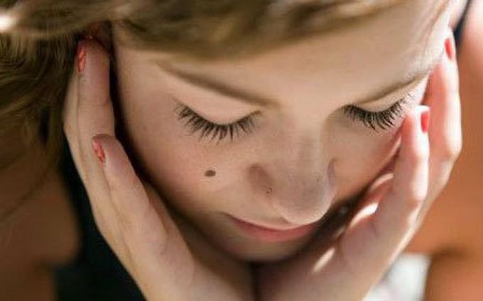 Dấu hiệu bệnh ngoài da ở người lớn cảnh báo tình trạng sức khoẻ của bạn
