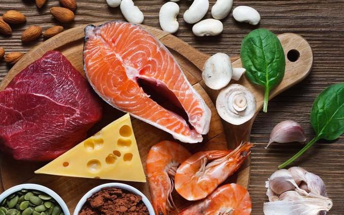 Thực phẩm tốt cho viêm phổi chính là những món ăn có đủ 4 dưỡng chất dưới đây