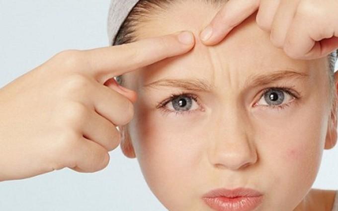Rối loạn nội tiết tuổi dậy thì của các bé gái diễn ra như thế nào?
