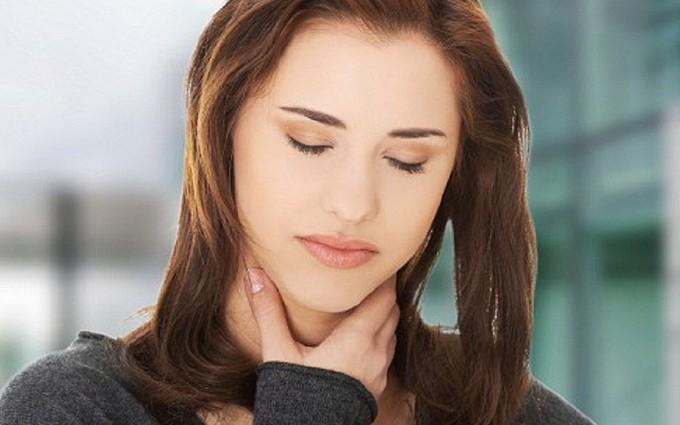 Giật mình với những triệu chứng của bệnh lao họng