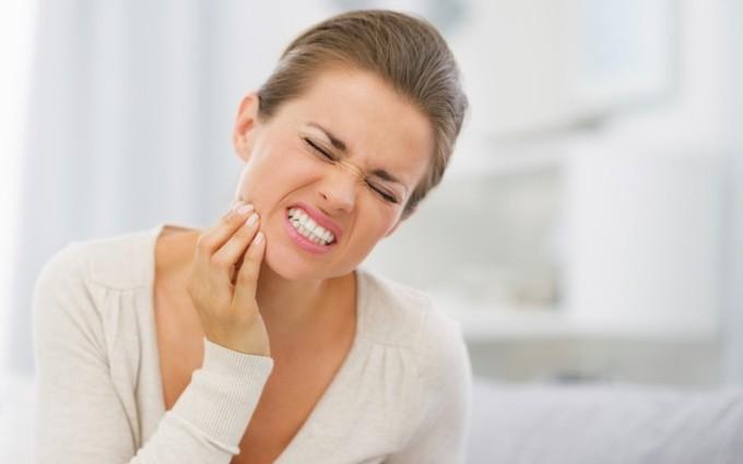 Viêm tủy răng là gì? Phương pháp điều trị viêm tủy răng