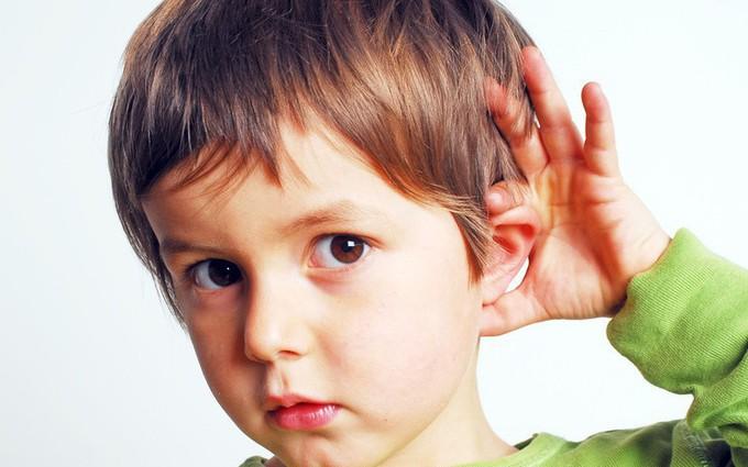 Khiếm thính là gì? Khiếm thính có phải là bị điếc hay không?