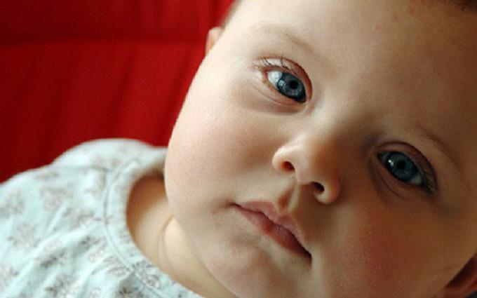 Dạy trẻ bị bệnh down học nói: Phương pháp giúp bé ghi nhận âm thanh