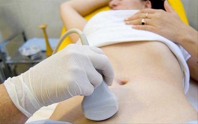 Ung thư buồng trứng di căn gan phải điều trị như thế nào?