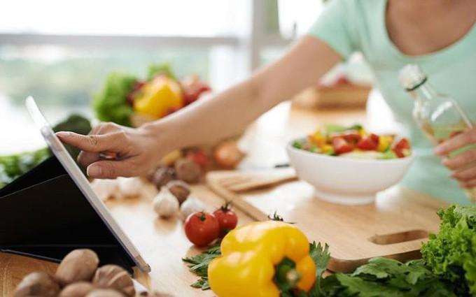 Nên ăn gì trước khi điều trị ung thư máu?