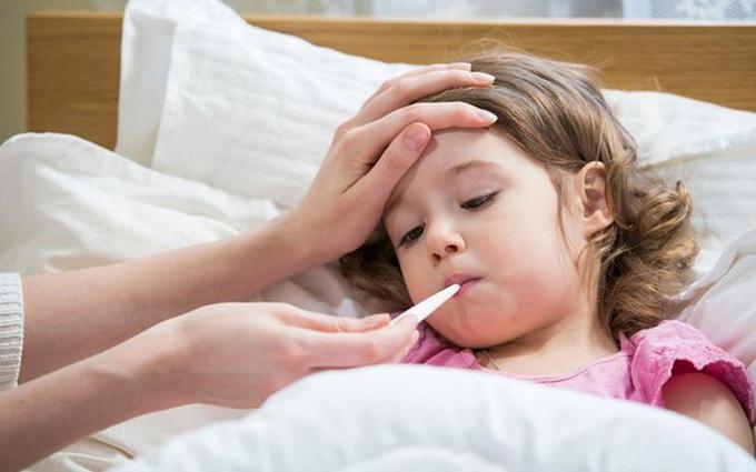 Sốt siêu vi ở trẻ em: Nguyên nhân, dấu hiệu và phương pháp điều trị