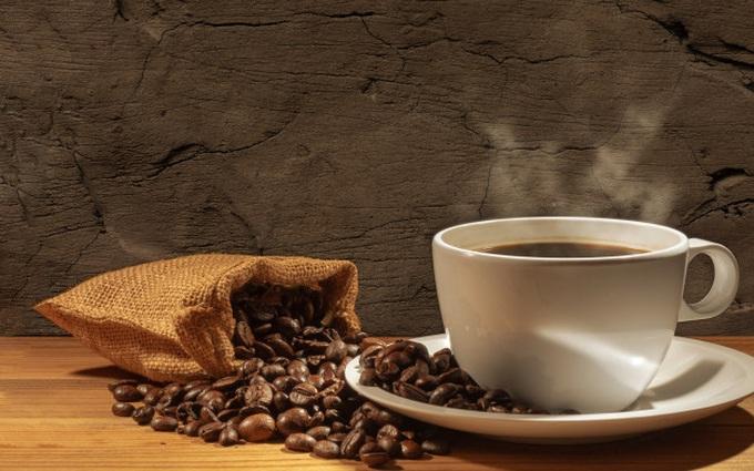 Người bị gan nhiễm mỡ có nên uống cà phê không?