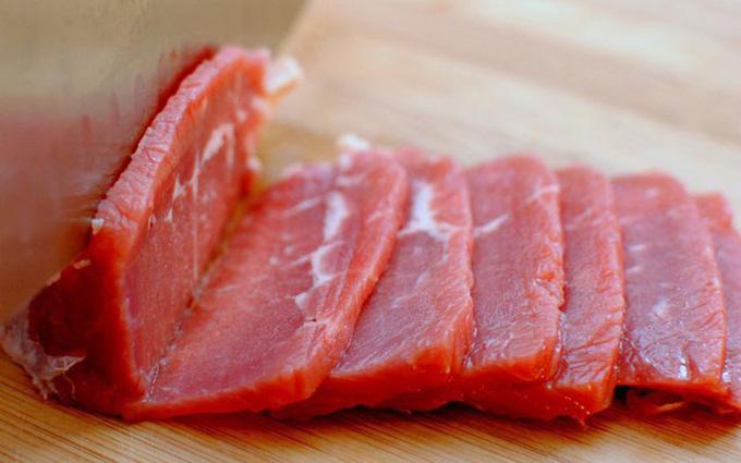 Ung thư dạ dày có nên ăn thịt đỏ không?