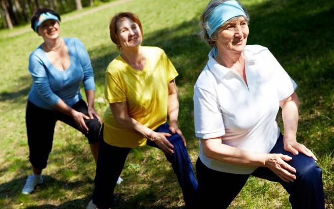 Những bài tập đơn giản giúp phòng ngừa loãng xương hiệu quả