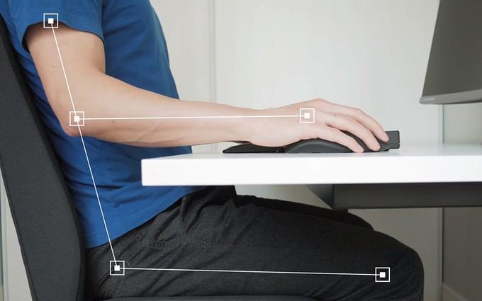 Tư thế ngồi đúng bảo vệ cột sống và tránh cong vẹo