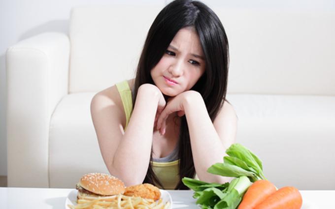 5 dấu hiệu cho thấy cơ thể thiếu chất béo